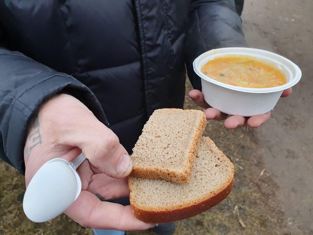 как стать волонтером или пирог для бездомных